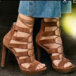 Micheal Kors Platform shoes